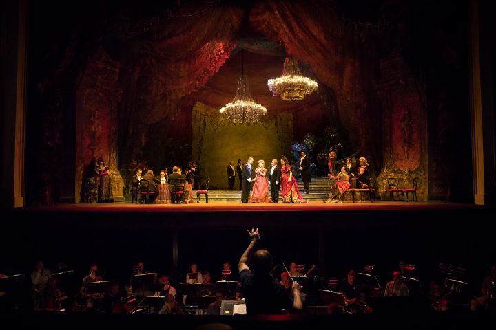 Cincinnati Opera's La Traviata